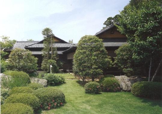 遠山記念館